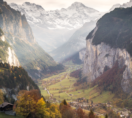 Lauterbrunnen valley in October, kl photo by Marcus Händel